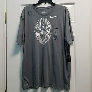 2/$30 NWT Men's size XXL Nike tee